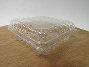 Item No 1044,  1/2 Pint Clam Hinge cover Till, Clear Plastic, 516 pack