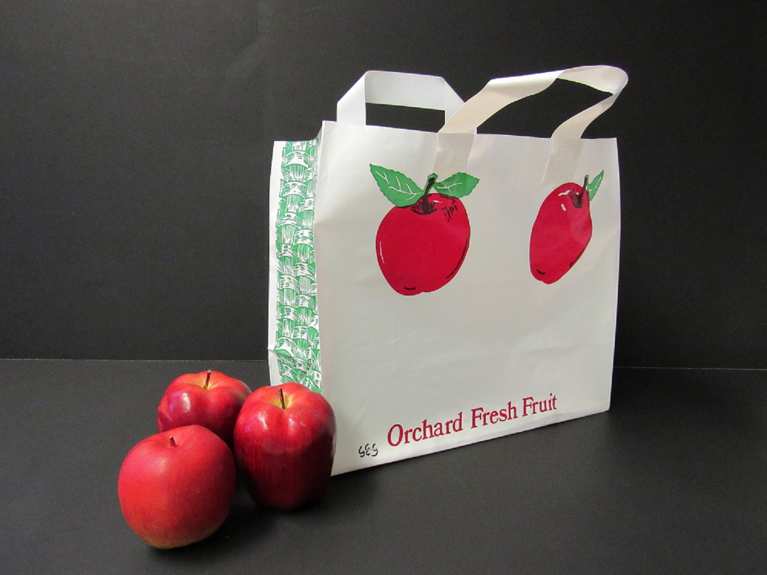 Item No 535 1/2 Bushel Plastic Apple Tote Bag, 250 pack