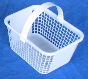 Item No 714  Two Quart Plastic Mesh Basket, White, 300 pack
